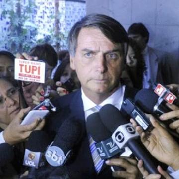 Deputados de Pernambuco divergem sobre representação contra Bolsonaro