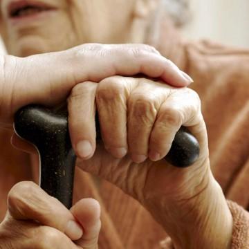 Aprovado na Câmara auxílio de até R$ 160 milhões para instituições que abrigam idosos