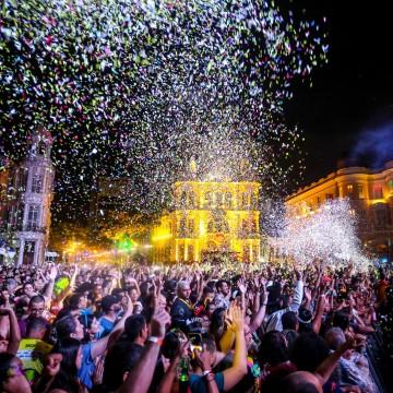 Festa de encerramento emociona foliões no Marco Zero