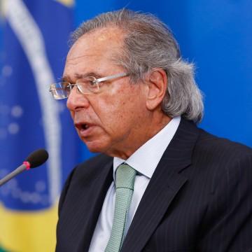 Programa que permite redução de jornada e salário será prorrogado por 2 meses, diz Guedes