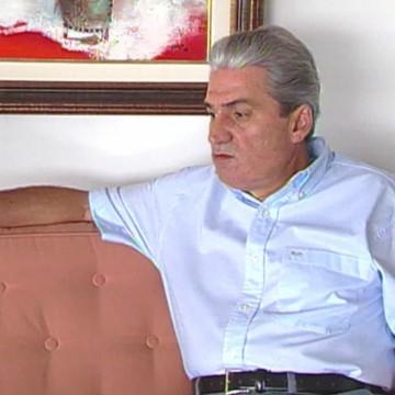 Cremação do corpo do ex-governador de Pernambuco Joaquim Francisco ocorre nesta quarta (4)
