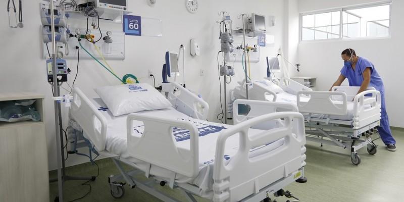 Ao todo foram 383 leitos de terapia intensiva, em 20 dias, distribuídas nos hospitais de 14 municípios na capital e no interior em regiões que abrangem o litoral até o sertão