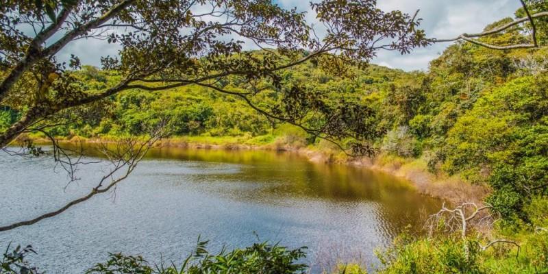 Dentre eles, destaque para a Via Parque, o Alto do Moura, o Monte do Bom Jesus, além do Parque Natural Municipal Professor João Vasconcelos Sobrinho (Serra dos Cavalos)