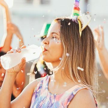 Foliões devem estar atentos a água que será ingerida durante o carnaval