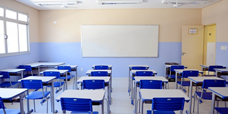 Instituições de ensino em todo o Estado permanecerão com as atividades presenciais suspensas até 15 de agosto,  por conta da pandemia da Covid-19