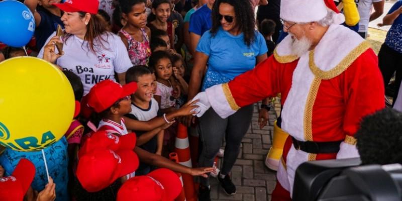 A organização está recebendo brinquedos, que serão distribuídos para cerca de 300 crianças de instituições beneficiadas