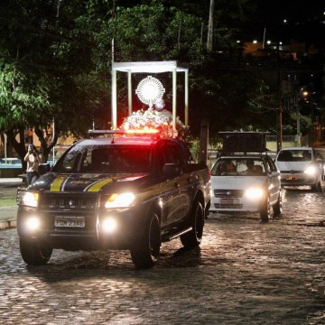 Carreata marca procissão de Corpus Christi em Caruaru