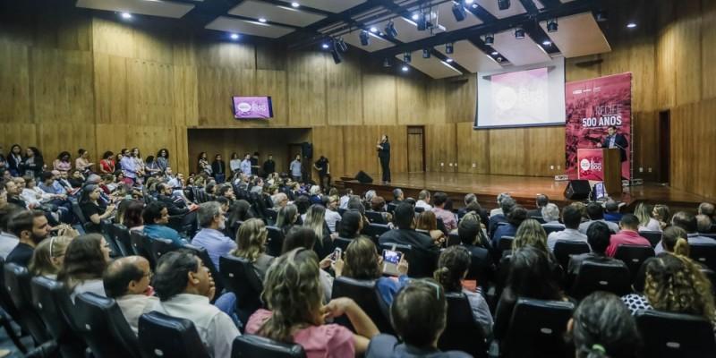 Gestores da prefeitura, empresários e sociedade civil estiveram presentes nesta quarta-feira (3), no auditório do Banco Central no bairro de Santo Amaro, para assistir a apresentação