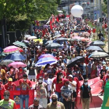 Inflação, desemprego e críticas ao Governo Bolsonaro  são temas da manifestação que acontece neste sábado no centro do Recife