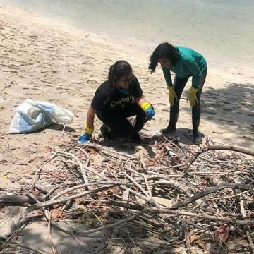 Domingo de limpeza em Itamaracá e de banho de mar no Recife