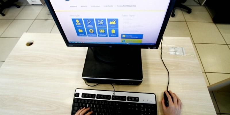 As construtoras com atuação na cidade já estão usando o sistema online desde o dia 5 deste mês, de forma experimental.