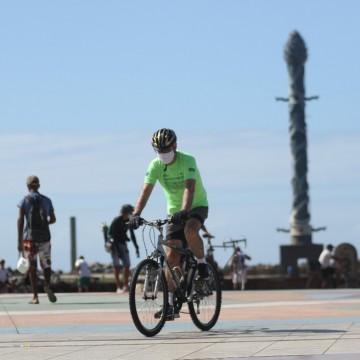 Ciclistas vão receber homenagens no bairro do Recife Antigo neste domingo (23)