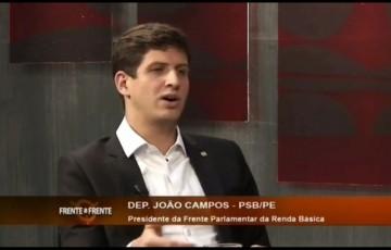João Campos mostra animação sobre a disputa pelo Recife