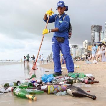 Praias do Pina e de Boa Viagem registram mais de 60 toneladas de lixo após Réveillon