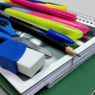 IPEM-PE faz alerta para compra de material escolar