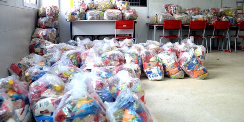 A doação foi feita por uma grande empresa de alimentos à prefeitura do Recife. Serão priorizadas instituições e ONGs que prestam assistência a idosos, crianças e pessoas com deficiência