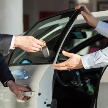 Serviços de venda, locação e vistoria de veículos poderão retomar atividades no dia 15