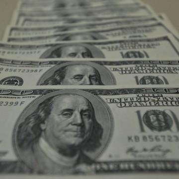 Dólar atinge R$ 5,26 e já acumula alta de 31,23% em 2020
