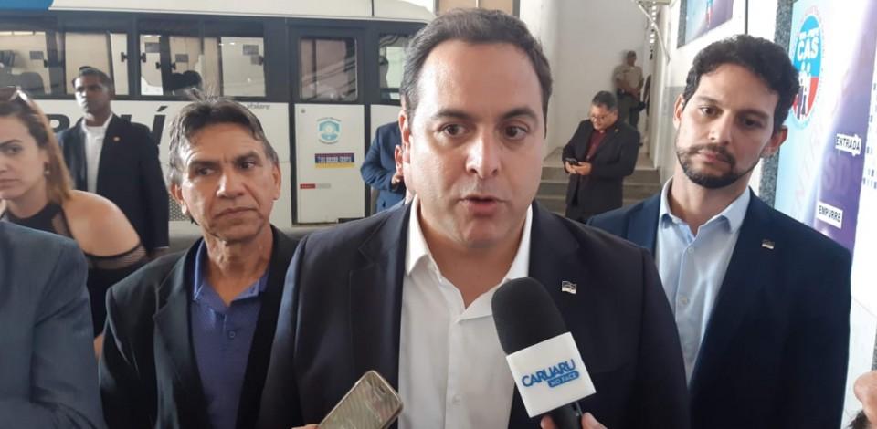 Pernambuco tem queda na busca por leitos de UTI e menor média móvel de mortes do Brasil, nos últimos sete dias