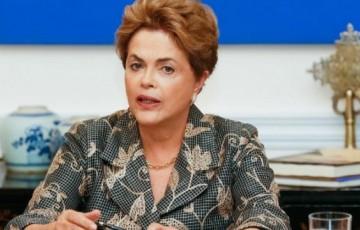 Dilma interpela Bolsonaro no STF e ministra dá 15 dias de prazo para ele se explicar