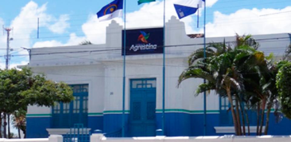 Presidente da Câmara assume prefeitura de Agrestina
