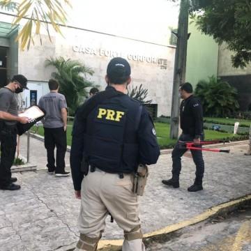 Empresa do Recife é alvo de operação por suspeita de aplicar golpe em oferta de vacinas
