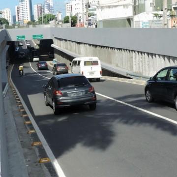 Obras alteram trânsito no Túnel da Abolição