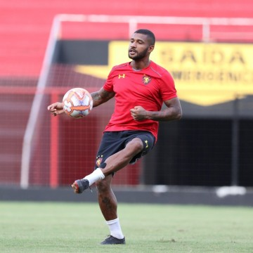 Guto Ferreira ganha reforços para duelo contra o Paraná