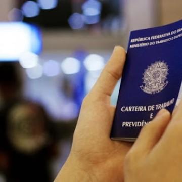 Taxa de desemprego entre os brasileiros ficou em 11,2% no trimestre encerrado em janeiro