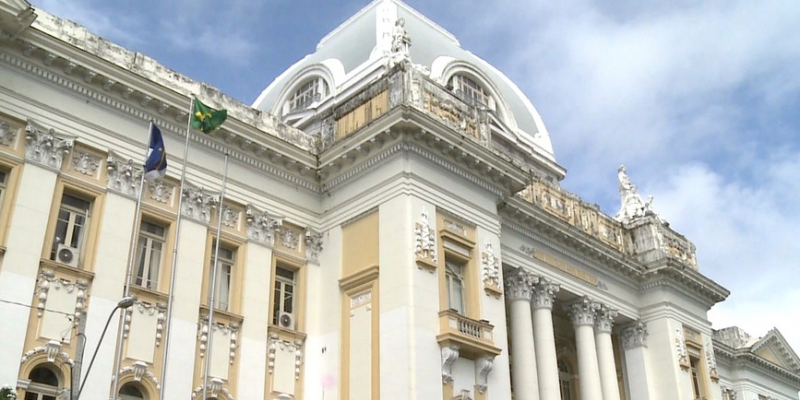 O funcionamento do órgão em todo Estado é alterado devido ao feriado que celebra a criação de Cursos Jurídicos no país.