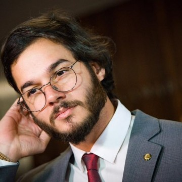 Túlio Gadêlha oficializa pré-candidatura para Prefeitura do Recife