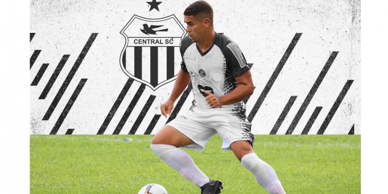 No Nordeste, o atleta jogou pelo Galícia/BA e Jacuipense/BA.