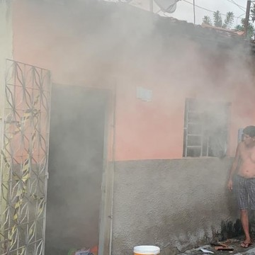 Família morre durante incêndio, em Bezerros
