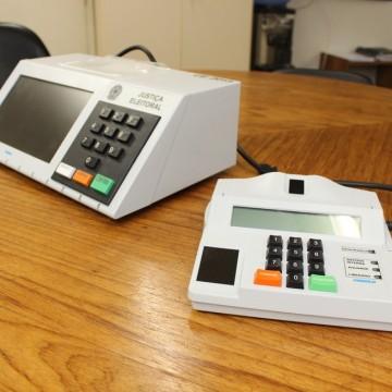 TSE realiza testes em urnas para as eleições municipais de 2020