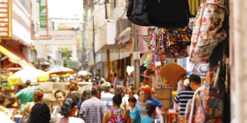 esta sexta (3), cidades da Zona da Mata e do Agreste registraram aglomerações de pessoas.