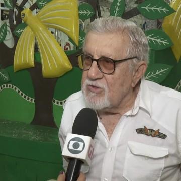 Ary Nóbrega é sepultado, no Recife