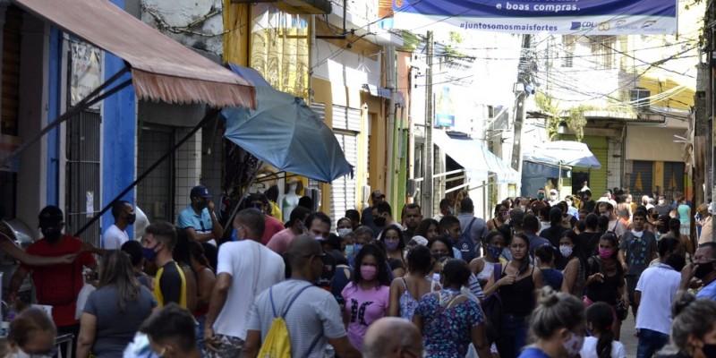 Dos 9.616.621 habitantes de Pernambuco, 50,9% reside nos municípios com mais de 100 mil moradores