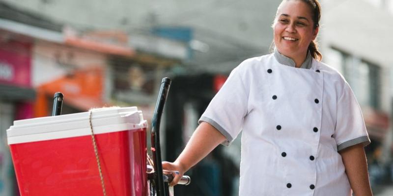 Crescimento médio do número de profissionais que empreendem por conta própria tem sido de 16,8% ao ano. Cidades do Recife, Petrolina e Serra Talhada são destaque em MEI