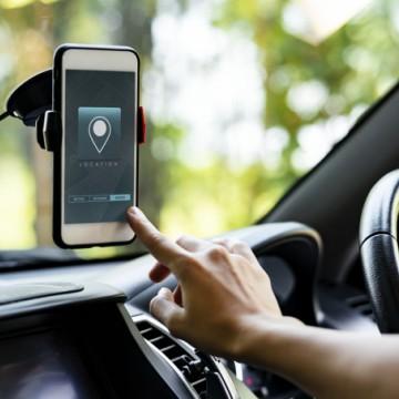 Projeto cria marco legal para serviços de entrega e de motorista por aplicativo