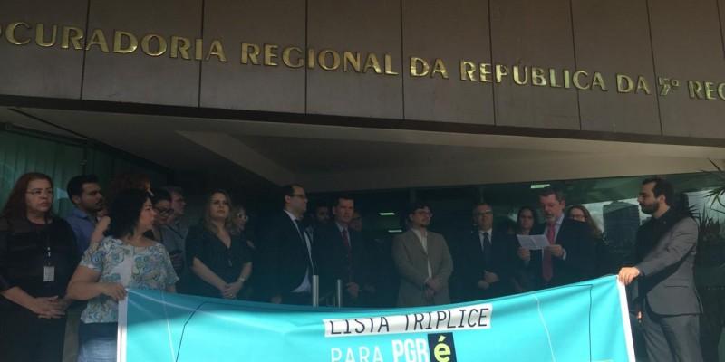 Quinzeestados em todo o país,incluindo Pernambuco,participaram do movimento