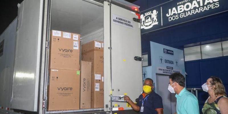 Os aparelhos do modelo Vyaire da marca Intermed, ampliam a assistência aos pacientes da Covid-19 com mais leitos equipados com respiradores