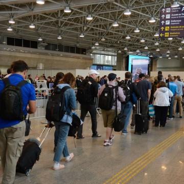 Coronavírus: passageiros têm direito de cancelar ou remarcar viagens