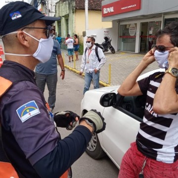 Detran-PE realiza ação em comemoração aos dias do motorista e motociclista