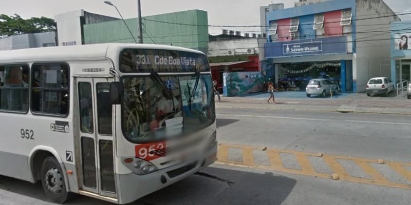 As novas paradas ficarão em frente à Faculdade Fafire e serão seletivas, com uma mais próxima ao cruzamento com a Rua da Soledade