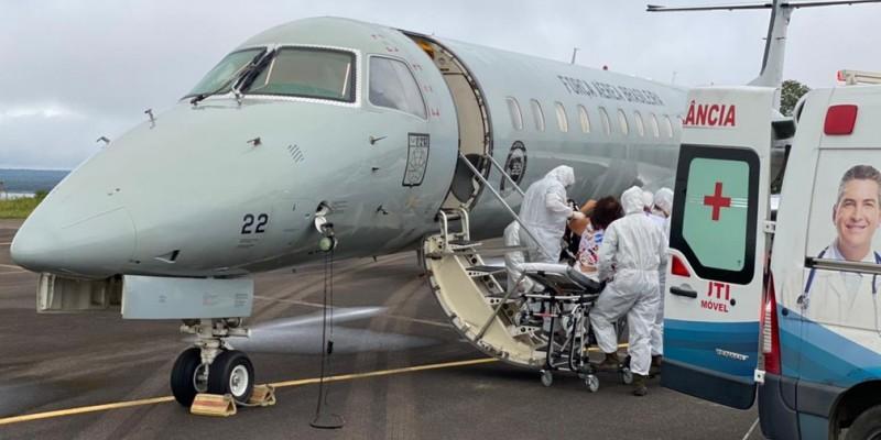 Os homens, de 35 e 48 anos, embarcaram no Aeroporto Internacional do Recife e retornam para o seu estado natal