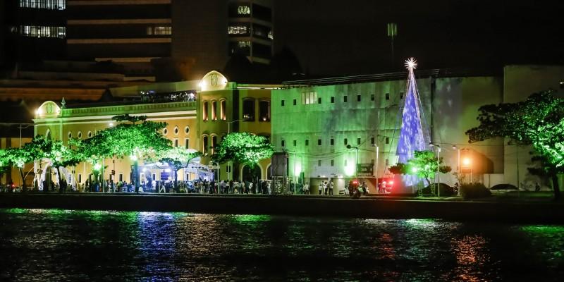 Estão previstas várias atividades. Entre as atrações, estão cantata natalina do Movimento Pró-Criança, com participação de Lucy Alves.