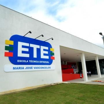 PE abre mais de 15 mil vagas em cursos técnicos