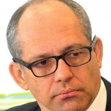 Recebimento de auxílio por servidores é 'crime aviltante', diz Dirceu Rodolfo