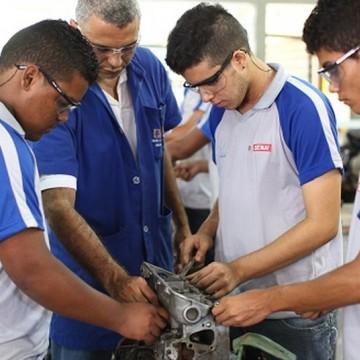 SENAI-PE oferece mais de 450 bolsas de estudos para cursos técnicos em todo o Estado