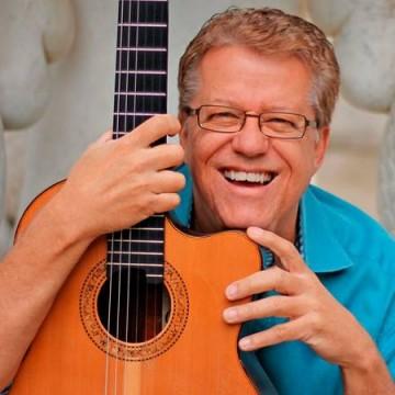 Romero Lubambo se apresenta no 'Sesc Jazz' comemorando 50 anos de carreira